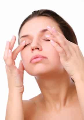 Massage des yeux hommes et femmes